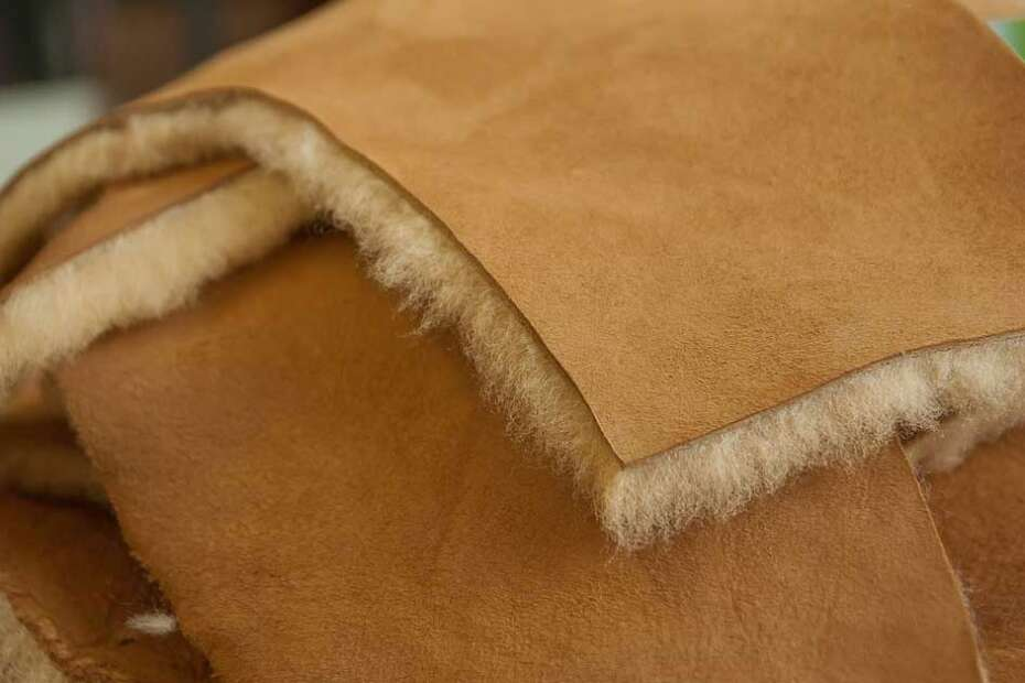 what is sheepskin leather