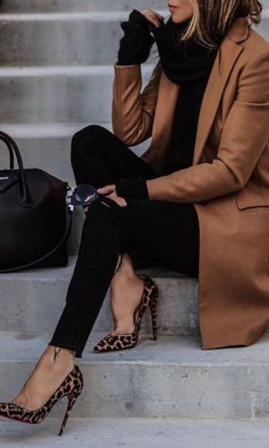 woman wearing a brown trench coat and leopard print heels