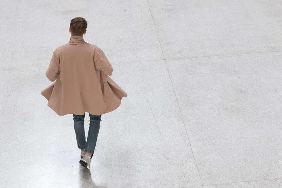 minimalist clothing men