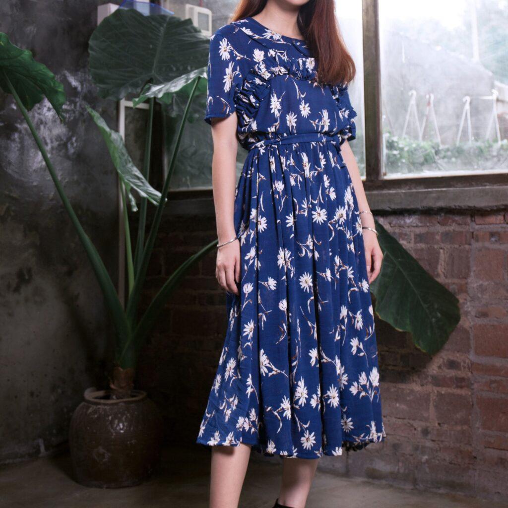 blue printed blouson dress
